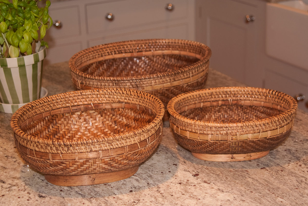 Oval rice bowls in 3 sizes