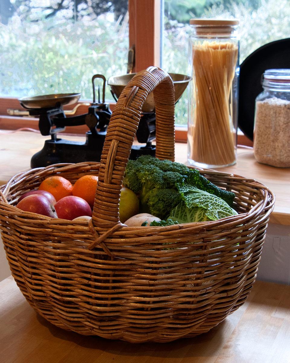Rattan shopping basket