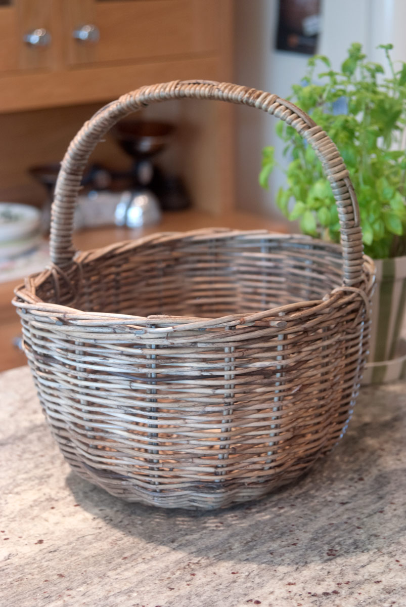 greywash rattan shopper