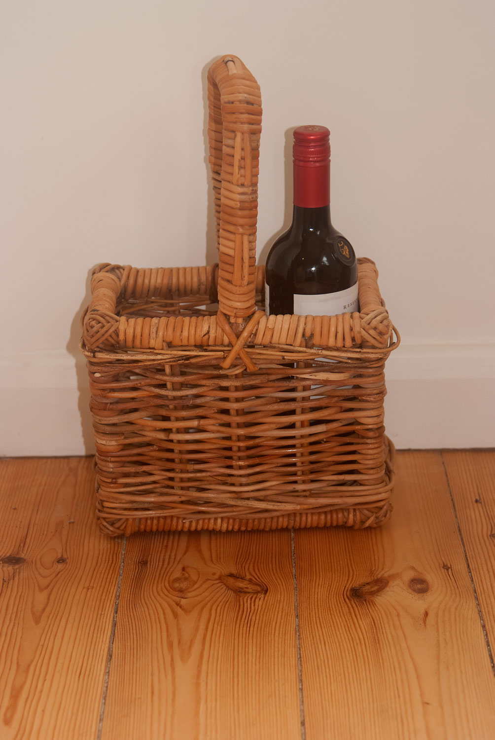 wicker bottle basket