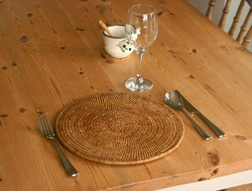 woven rattan tableware