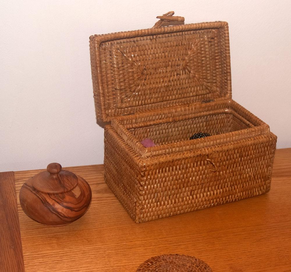 wicker trinket box