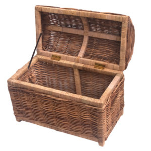 Open view of rattan pirate chest